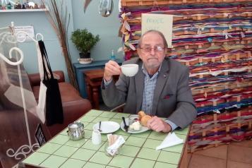 Volunteer with cream tea